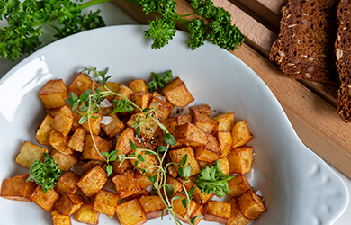 tärnad stekt potatis